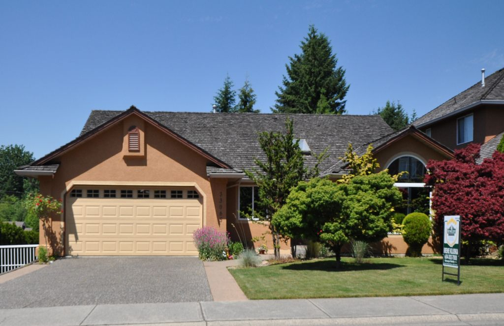 Main Photo: 33065 HAWTHORNE Avenue in Mission: Mission BC House for sale : MLS®# F1007685
