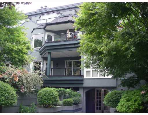 Main Photo: 403 1925 W 2ND Avenue in Vancouver: Kitsilano Condo for sale (Vancouver West)  : MLS®# V729460