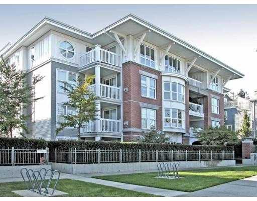 Main Photo: 402 1868 W 5TH Avenue in Vancouver: Kitsilano Condo for sale (Vancouver West)  : MLS®# V750842