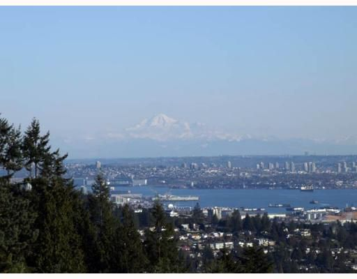 """Main Photo: 2392 FOLKESTONE Way in West_Vancouver: Panorama Village Townhouse for sale in """"WESTPOINTE"""" (West Vancouver)  : MLS®# V754667"""