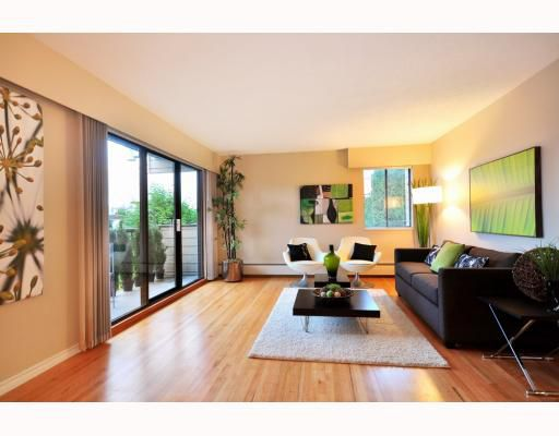 Main Photo: 202 2125 W 2ND Avenue in Vancouver: Kitsilano Condo for sale (Vancouver West)  : MLS®# V798434