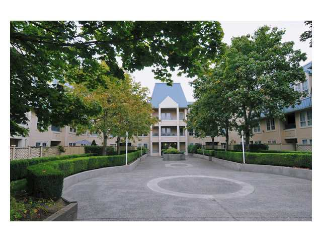 Main Photo: 320 295 SCHOOLHOUSE Street in Coquitlam: Maillardville Condo for sale : MLS®# V852908