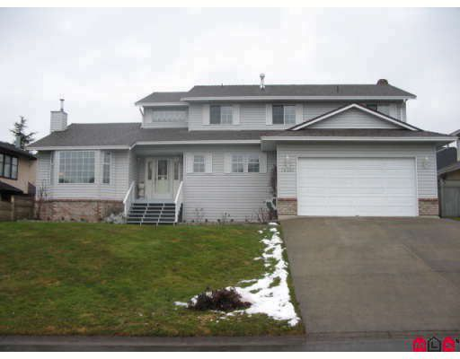 Main Photo: 18467 56A Avenue in Surrey: Cloverdale BC House for sale (Cloverdale)  : MLS®# F2901899