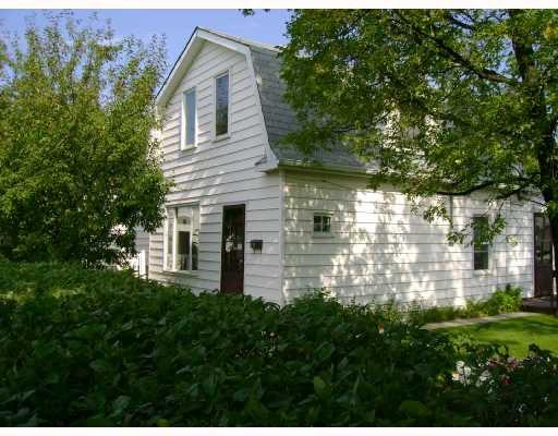 Main Photo: 477 BROOKLYN Street in WINNIPEG: St James Residential for sale (West Winnipeg)  : MLS®# 2818059