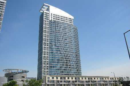 Main Photo: 05 38 Lee Centre Drive in Toronto: Condo for sale (E09: TORONTO)  : MLS®# E1679385