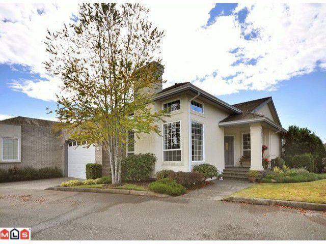 "Main Photo: 20 31450 SPUR Avenue in Abbotsford: Abbotsford West Townhouse for sale in ""LAKEPOINTE VILLAS"" : MLS®# F1023211"