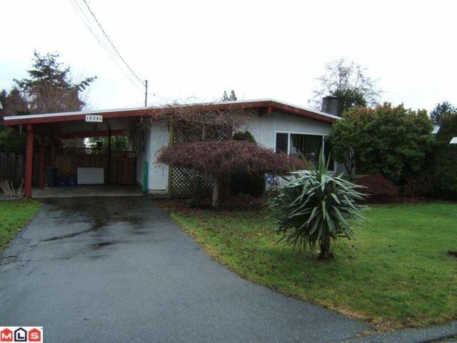 Main Photo: 15848 GOGGS Avenue: White Rock House for sale (South Surrey White Rock)  : MLS®# F1101205