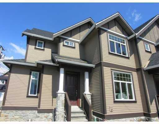 """Main Photo: 1735 N GRANDVIEW Highway in Vancouver: Grandview VE House 1/2 Duplex for sale in """"COMMERCIAL DRIVE"""" (Vancouver East)  : MLS®# V782159"""