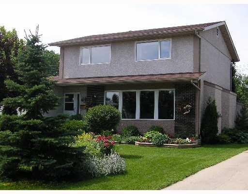 Main Photo: 147 HOWDEN Road in WINNIPEG: Windsor Park / Southdale / Island Lakes Residential for sale (South East Winnipeg)  : MLS®# 2711566