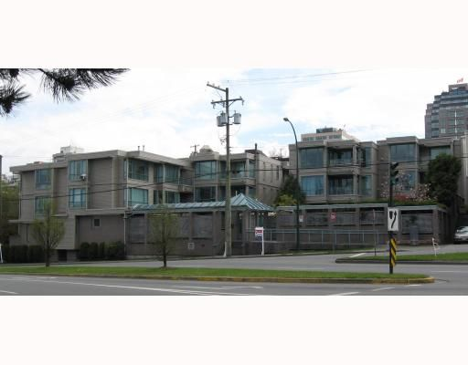 "Main Photo: 306 1318 W 6TH Avenue in Vancouver: Fairview VW Condo for sale in ""BIRCH GARDENS"" (Vancouver West)  : MLS®# V764182"