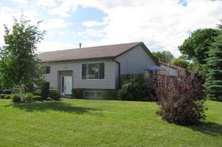 Main Photo: 571 Highland Crest in Beaverton: House (Bungalow-Raised) for sale (N24: BEAVERTON)  : MLS®# N1645041