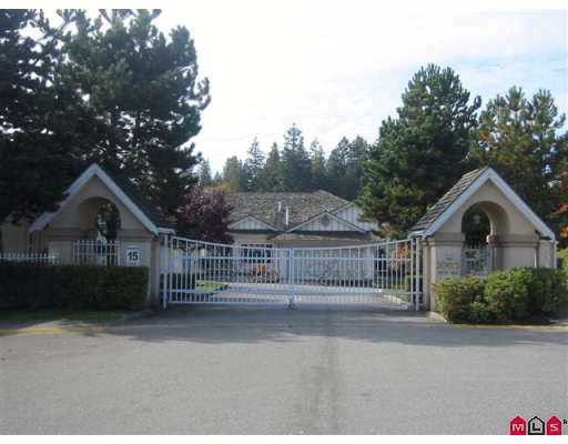 "Main Photo: 303 20655 88TH Avenue in Langley: Walnut Grove Townhouse for sale in ""Twin Lakes"" : MLS®# F2822062"
