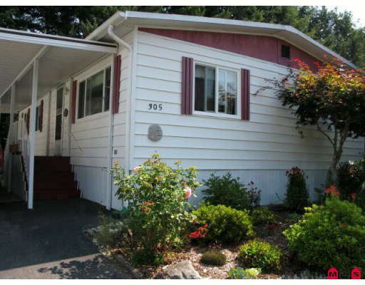 "Main Photo: 305 1840 160TH Street in Surrey: King George Corridor Manufactured Home for sale in ""BREAKAWAY BAYS"" (South Surrey White Rock)  : MLS®# F2917728"