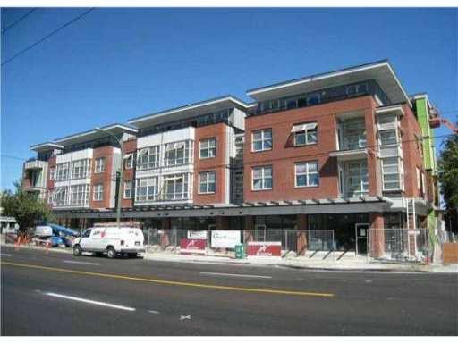 Main Photo: 3598 FRASER Street in VANCOUVER: Fraser VE Commercial for lease (Vancouver East)  : MLS®# V4024145