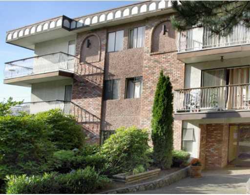 "Main Photo: 104 1611 E 3RD Avenue in Vancouver: Grandview VE Condo for sale in ""VILLA VERDE"" (Vancouver East)  : MLS®# V804284"