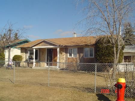 Main Photo: East Kildonan: RED for sale (East Kildonan)  : MLS®# 2604942