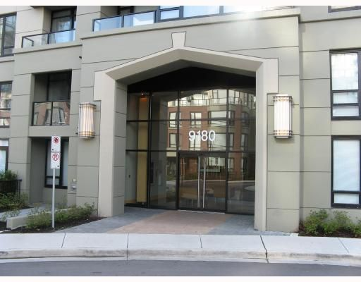"Main Photo: 1302 9180 HEMLOCK Drive in Richmond: McLennan North Condo for sale in ""HAMPTON PARK"" : MLS®# V786621"