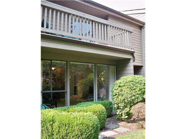 """Main Photo: 4172 VINE Street in Vancouver West, Quilchena: Quilchena Townhouse for sale in """"Arbutus Village"""" (Vancouver West)  : MLS®# V844814"""