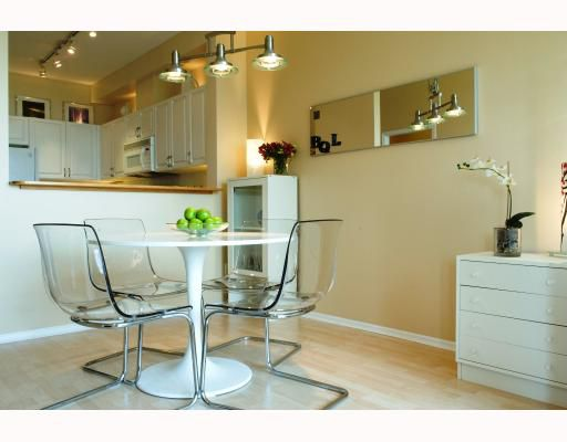 """Main Photo: 122 5800 ANDREWS Road in Richmond: Steveston South Condo for sale in """"VILLAS AT SOUTH COVE"""" : MLS®# V779595"""