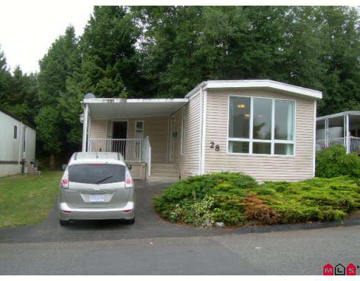 """Main Photo: 28 8220 KING GEORGE Highway in Surrey: Bear Creek Green Timbers Manufactured Home for sale in """"Crestway Bays"""" : MLS®# F2823353"""