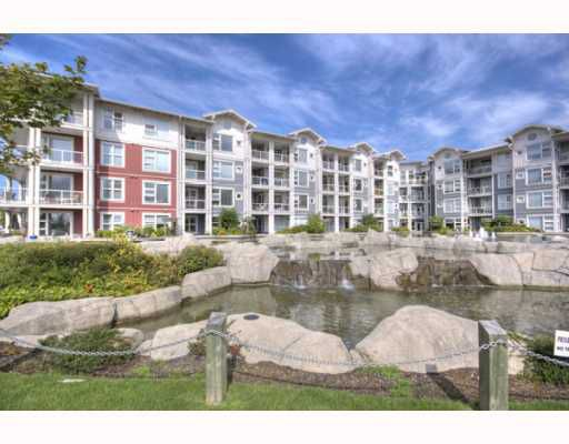 """Main Photo: 323 4600 WESTWATER Drive in Richmond: Steveston South Condo for sale in """"COPPER SKY"""" : MLS®# V757360"""