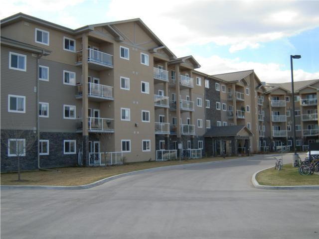 Main Photo: 240 Fairhaven Road in WINNIPEG: River Heights / Tuxedo / Linden Woods Condominium for sale (South Winnipeg)  : MLS®# 1007491