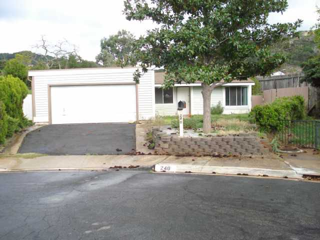Main Photo: SOUTHWEST ESCONDIDO House for sale : 3 bedrooms : 240 James Street in Escondido