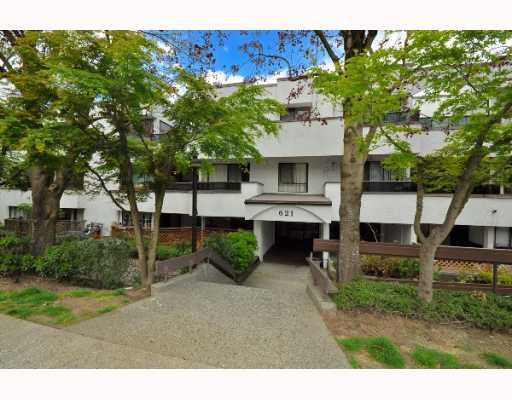 "Main Photo: 214 621 E 6TH Avenue in Vancouver: Mount Pleasant VE Condo for sale in ""FAIRMONT PLACE"" (Vancouver East)  : MLS®# V763721"