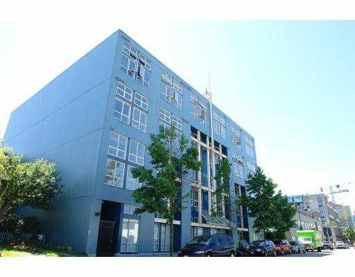"Main Photo: 408 338 W 8TH Avenue in Vancouver: Mount Pleasant VW Condo for sale in ""LOFT 338"" (Vancouver West)  : MLS®# V770908"