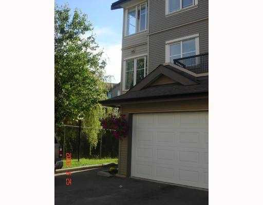 """Main Photo: 24 2488 PITT RIVER Road in Port_Coquitlam: Mary Hill Townhouse for sale in """"NEWCASTLE ESTATES"""" (Port Coquitlam)  : MLS®# V743029"""