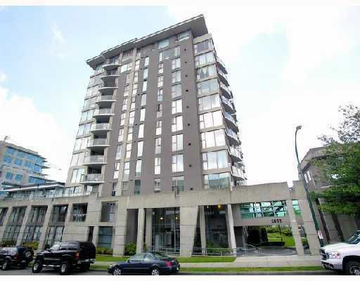 "Main Photo: 703 1633 W 8TH Avenue in Vancouver: Fairview VW Condo for sale in ""FIR CREST"" (Vancouver West)  : MLS®# V740228"