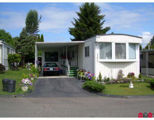 "Main Photo: 141 1840 160TH Street in Surrey: King George Corridor Manufactured Home for sale in ""BREAKAWAY BAYS"" (South Surrey White Rock)  : MLS®# F2914580"