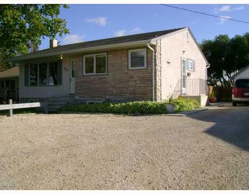 Main Photo: 228 GRASSIE Boulevard in WINNIPEG: North Kildonan Residential for sale (North East Winnipeg)  : MLS®# 2918390