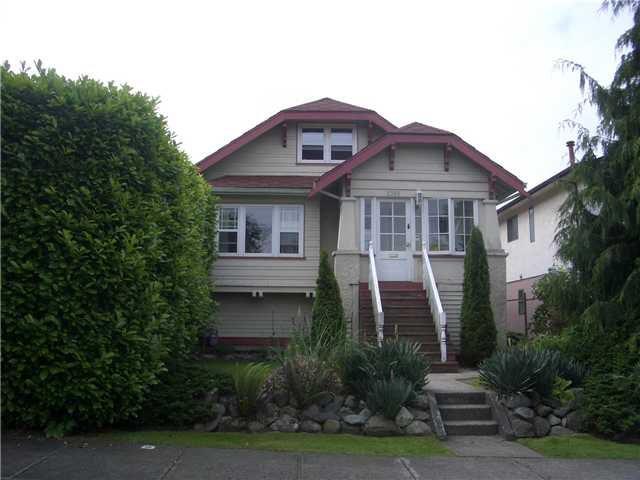 """Main Photo: 2356 GRANT Street in Vancouver: Grandview VE House for sale in """"Grandview"""" (Vancouver East)  : MLS®# V864026"""
