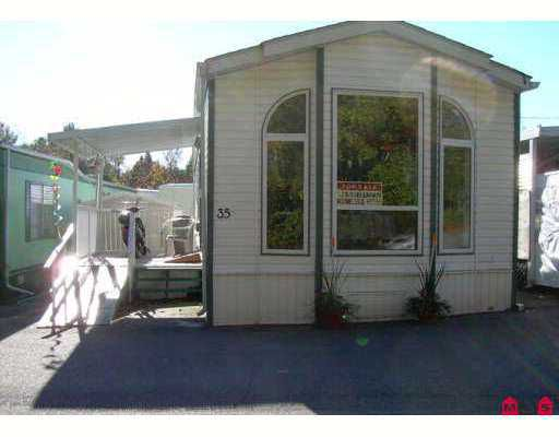 """Main Photo: 35 8266 KING GEORGE Highway in Surrey: Queen Mary Park Surrey Manufactured Home for sale in """"PLAZA"""" : MLS®# F2624740"""