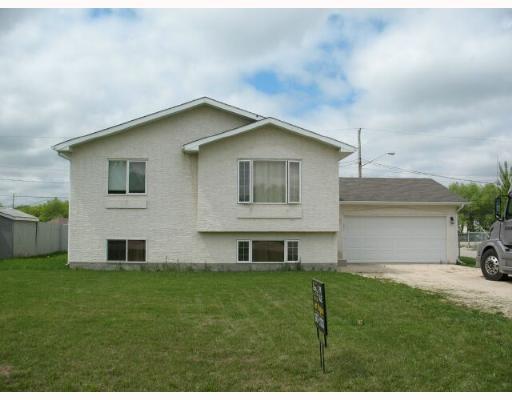 Main Photo:  in LORETTE: Dufresne / Landmark / Lorette / Ste. Genevieve Single Family Detached for sale (Winnipeg area)  : MLS®# 2709267