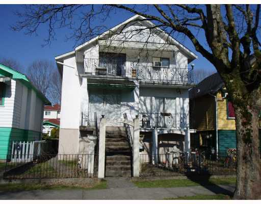 Main Photo: 2223 E 8TH Avenue in Vancouver: Grandview VE House Fourplex for sale (Vancouver East)  : MLS®# V755681