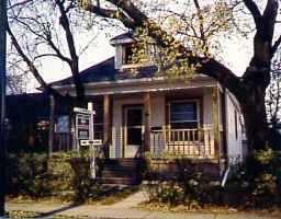 Main Photo: 350 MUNROE Avenue in : East Kildonan Single Family Detached for sale (North East Winnipeg)  : MLS®# 9525026