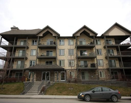Main Photo: 306 736 57 Avenue SW in CALGARY: Windsor Park Condo for sale (Calgary)  : MLS®# C3374759