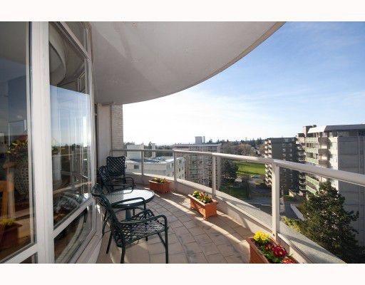 """Main Photo: 901 5850 BALSAM Street in Vancouver: Kerrisdale Condo for sale in """"The Claridge"""" (Vancouver West)  : MLS®# V810332"""