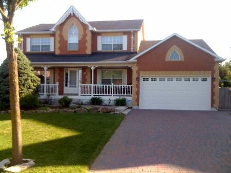 Main Photo: 12 Rachel Lee Crt: Freehold for sale