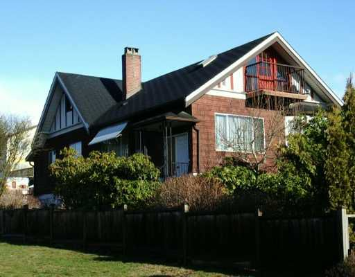 Main Photo: 606 E 5TH Street in North Vancouver: Queensbury House for sale : MLS®# V624907