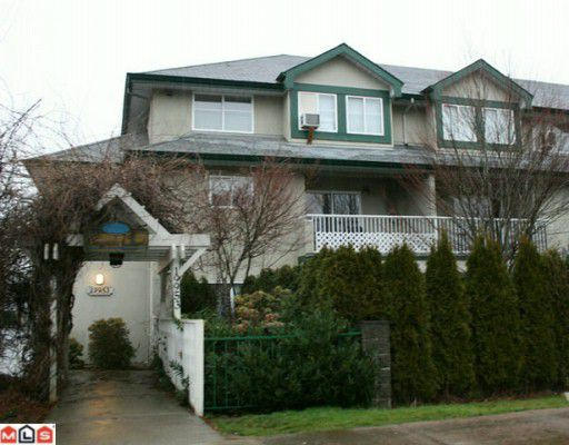 """Main Photo: 216 19953 55A Avenue in Langley: Langley City Condo for sale in """"Bayside Court"""" : MLS®# F1002069"""