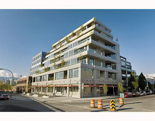 "Main Photo: 203 495 W 6TH Avenue in Vancouver: Mount Pleasant VW Condo for sale in ""LOFT 495"" (Vancouver West)  : MLS®# V772175"