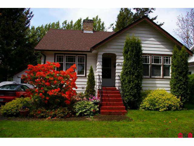 Main Photo: 46381 YALE Road in Chilliwack: Chilliwack E Young-Yale House for sale : MLS®# H1003491