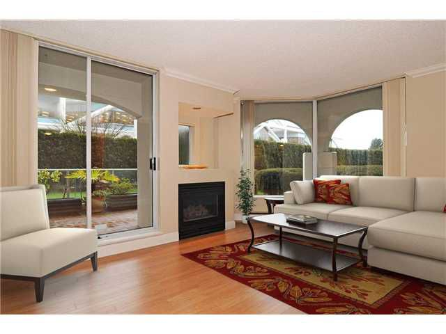 """Main Photo: 103 168 CHADWICK Court in North Vancouver: Lower Lonsdale Condo for sale in """"Chadwick Court"""" : MLS®# V865194"""