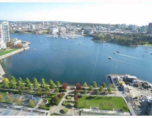 "Main Photo: 2505 1483 HOMER Street in Vancouver: False Creek North Condo for sale in ""WATERFORD"" (Vancouver West)  : MLS®# V749660"
