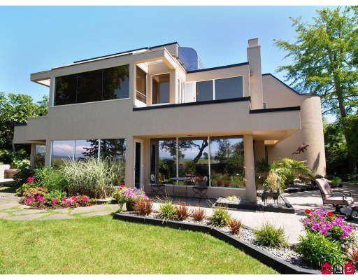"Main Photo: 12101 SULLIVAN Street in Surrey: Crescent Bch Ocean Pk. House for sale in ""CRESCENT BEACH"" (South Surrey White Rock)  : MLS®# F2907174"