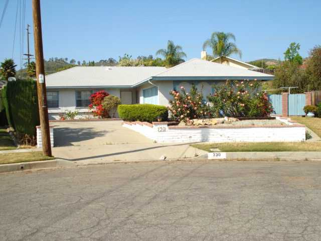 Main Photo: EAST ESCONDIDO House for sale : 3 bedrooms : 730 Hillward Street in Escondido