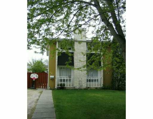 Main Photo:  in WINNIPEG: North Kildonan Single Family Attached for sale (North East Winnipeg)  : MLS®# 2608026